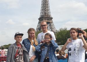 Детский лагерь Каникулы в Праге + Париж и Диснейленд