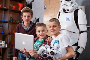 Детский лагерь Городской компьютерный лагерь IT ШАГ